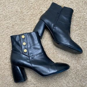 NINEWEST BLACK LEATHER MILITARY BUTTON ANKLE BOOTS 8